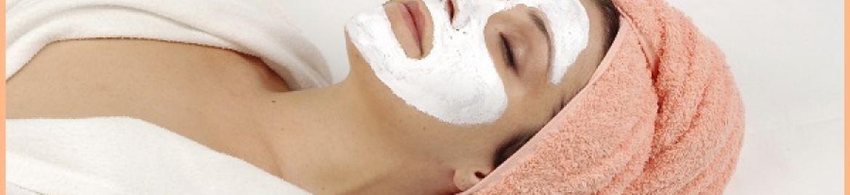 Maschere di bellezza in farmacia: a ogni età la sua